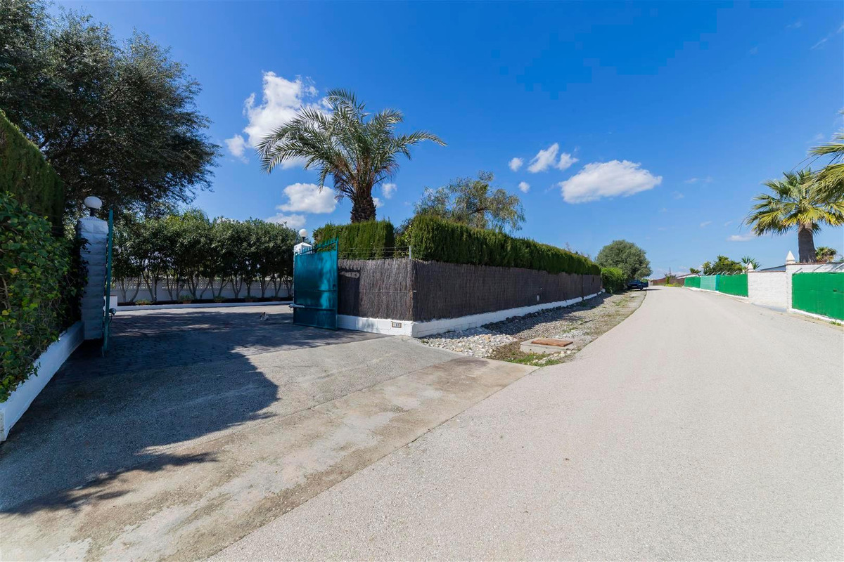 Photo of property R3811510, 33 de 35