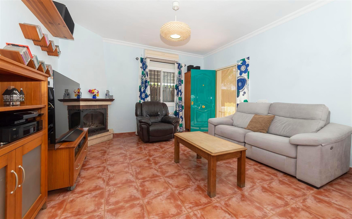 Photo of property R3811510, 8 de 35