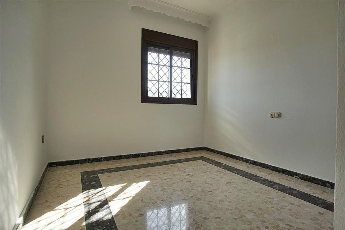 House in Alhaurín de la Torre R3528994 18