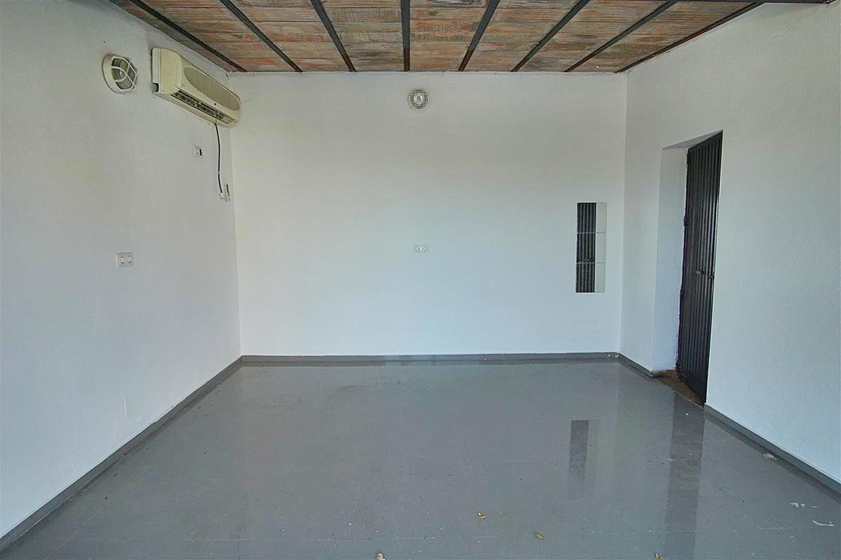 House in Alhaurín de la Torre R3528994 19