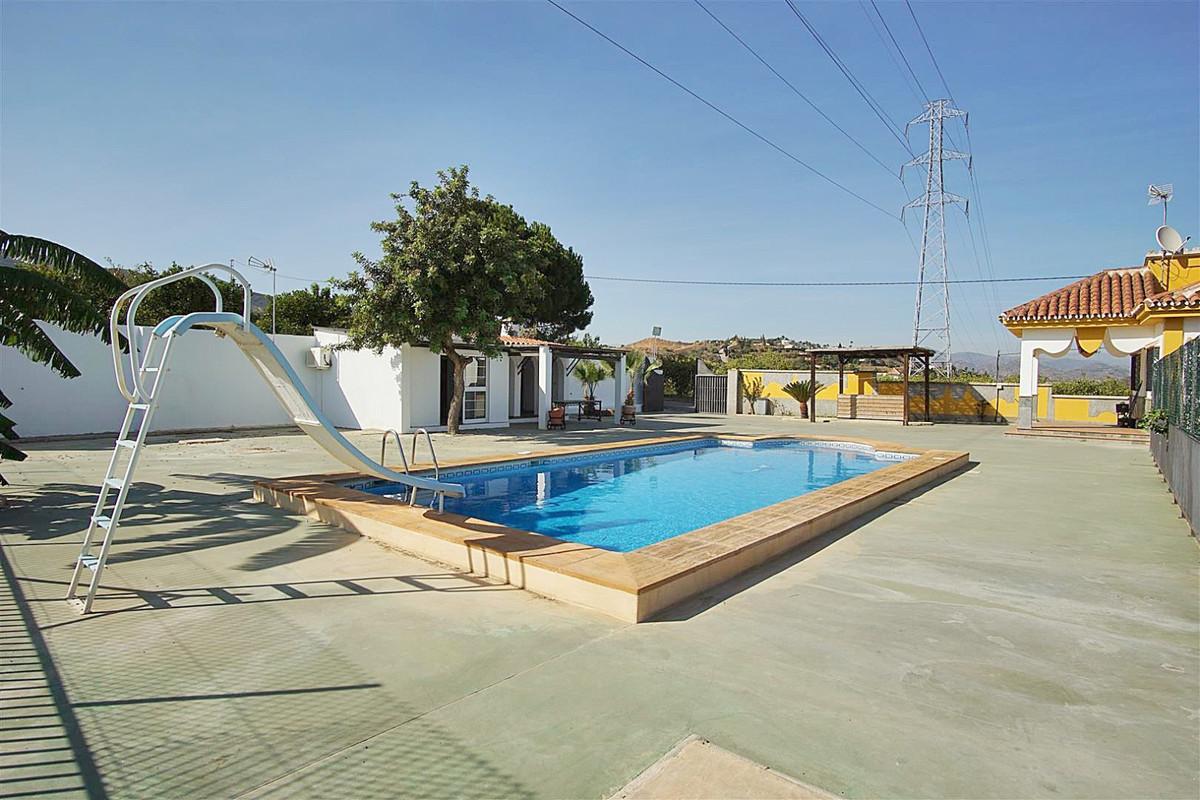 House in Alhaurín de la Torre R3528994 26