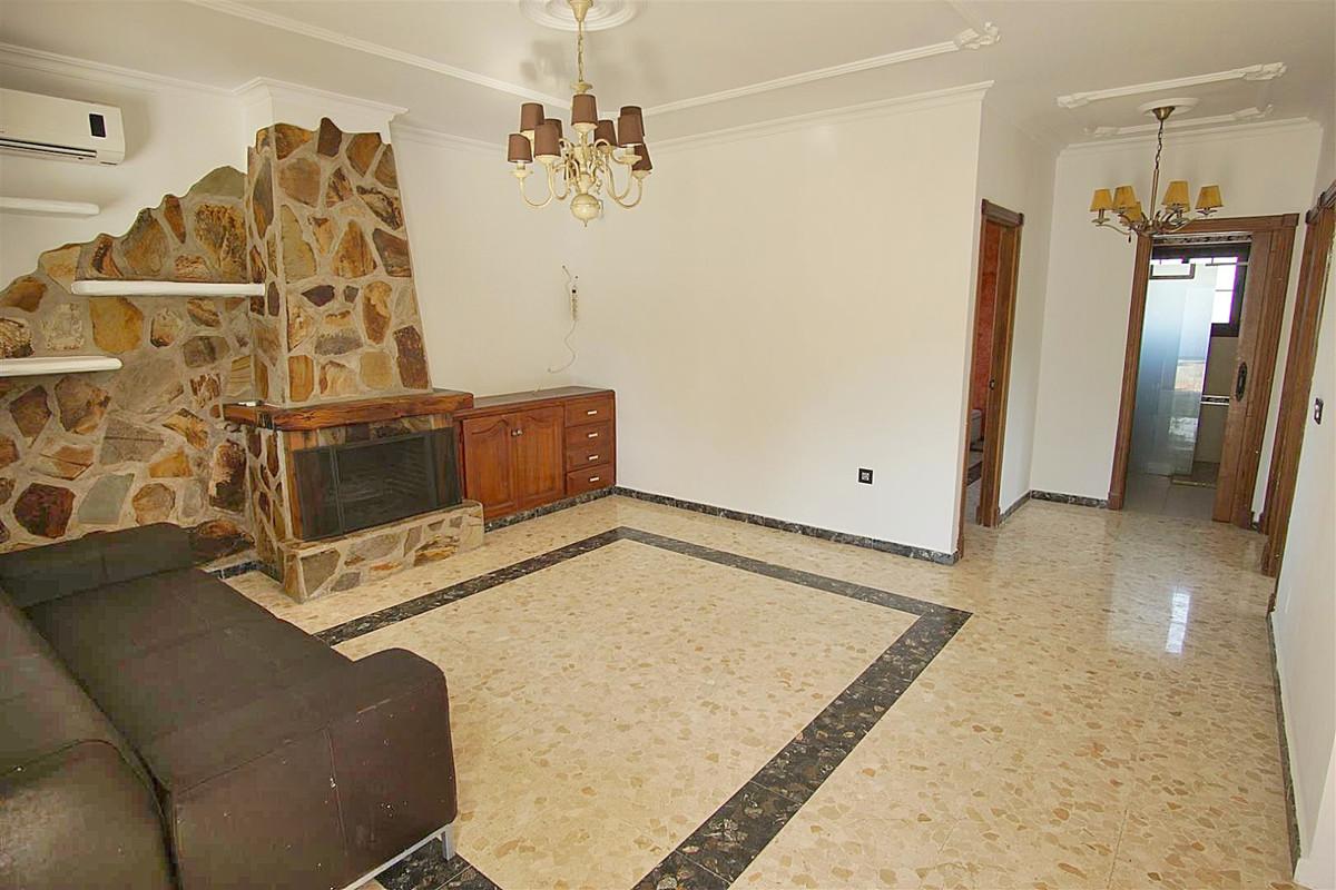 House in Alhaurín de la Torre R3528994 7