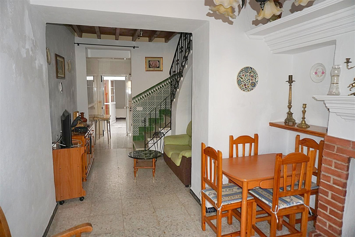 Photo of property R3430723, 2 de 16