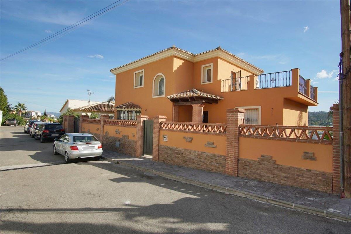 Photo of property R3536053, 1 de 35