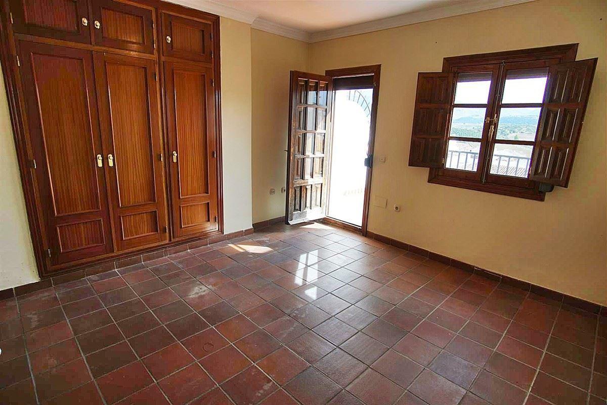 Photo of property R3541837, 27 de 36