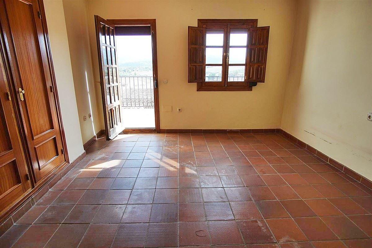 Photo of property R3541837, 28 de 36