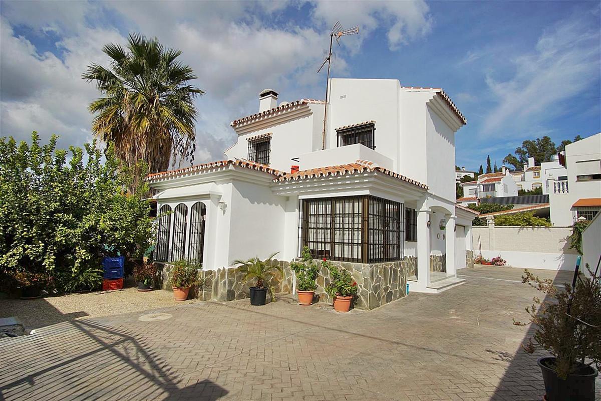4 bed, 2 bath Villa - Detached - for sale in Coín, Málaga, for 269,000 EUR