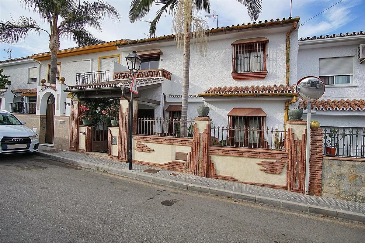 4 bed, 1 bath Townhouse - Terraced - for sale in Coín, Málaga, for 225,000 EUR