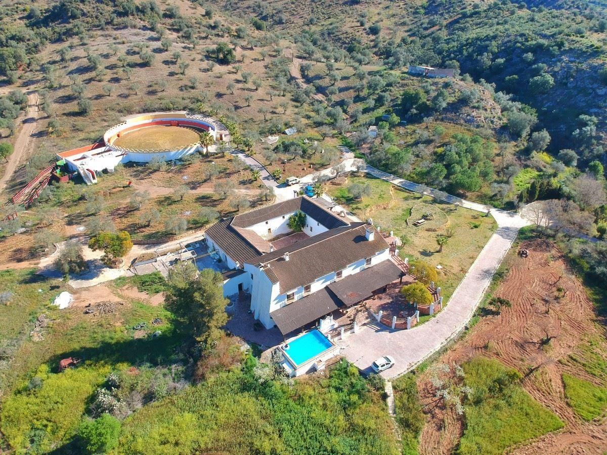 Photo of property R3384496, 2 de 64