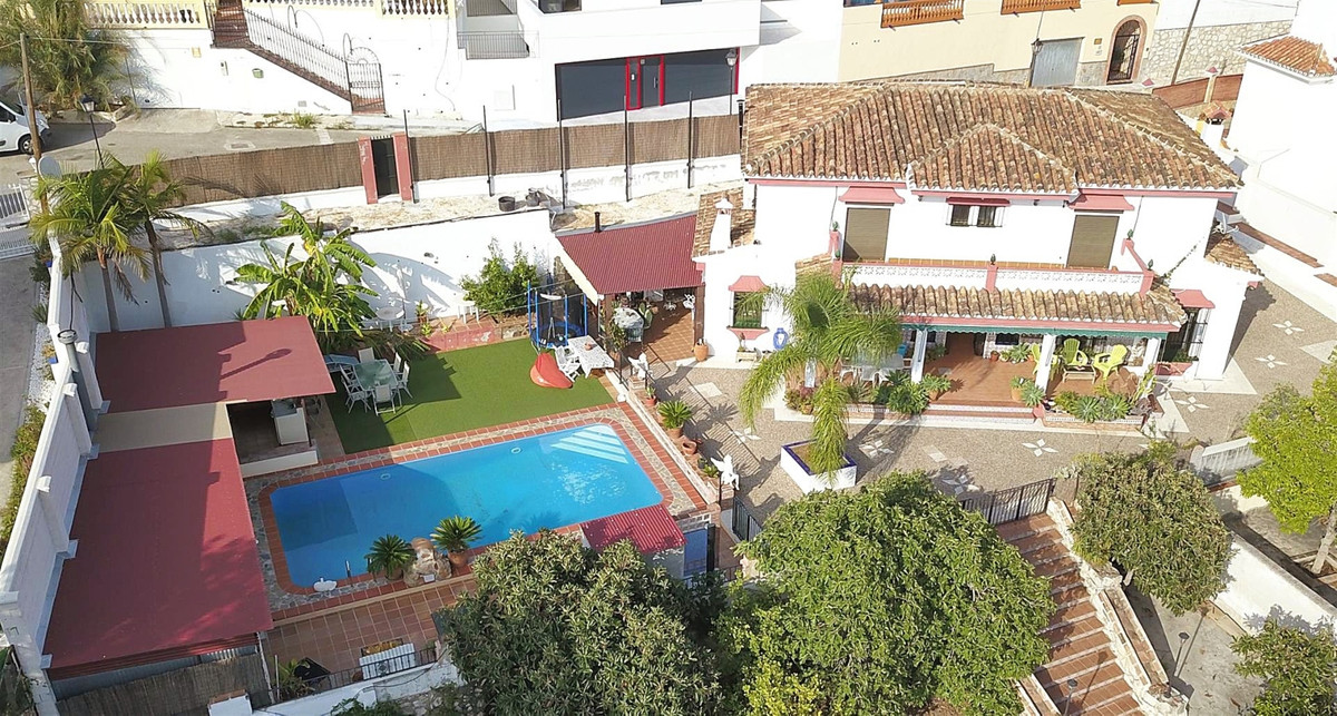 Photo of property R3509869, 1 de 38