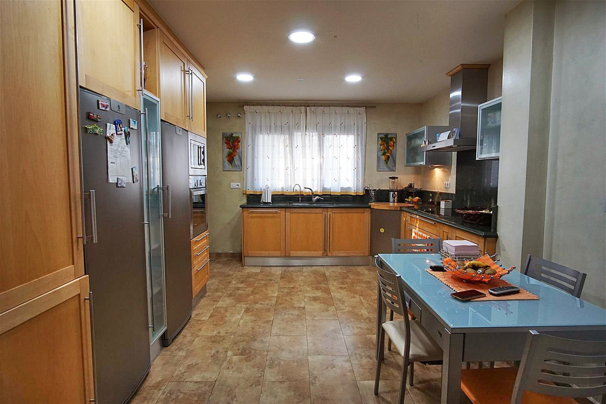 Photo of property R3511555, 8 de 27