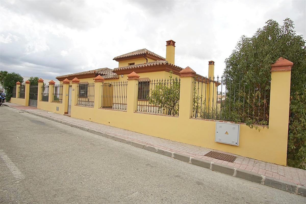 5 bed, 4 bath Villa - Detached - for sale in Coín, Málaga, for 340,000 EUR