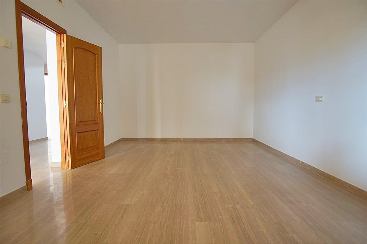 Photo of property R3514225, 12 de 24