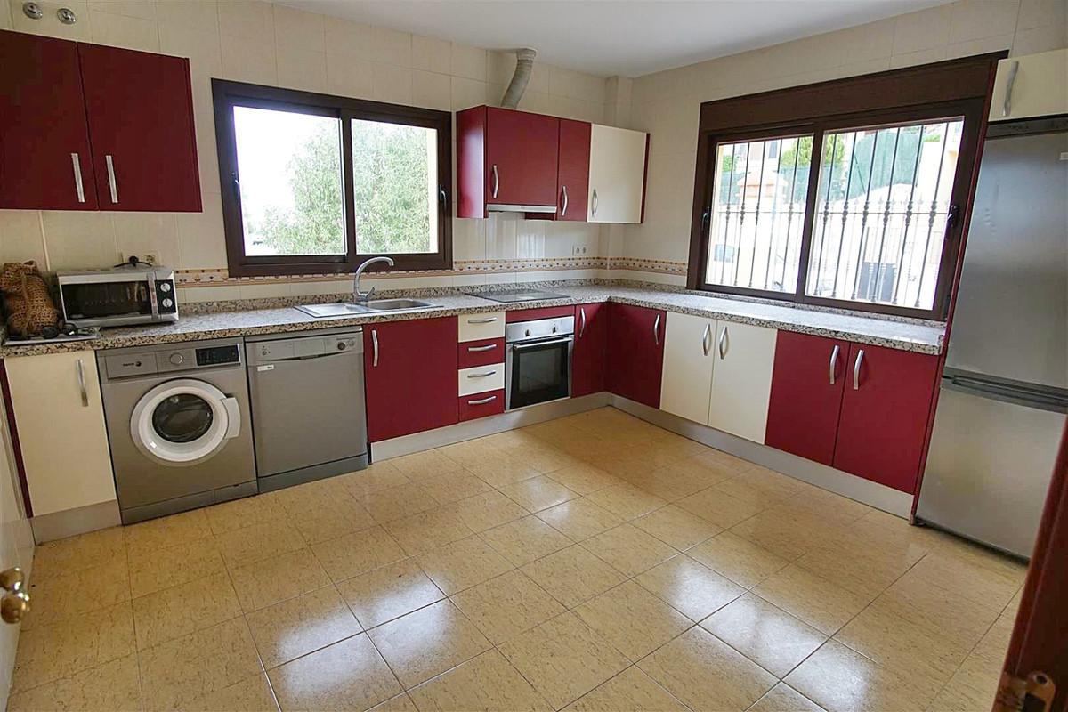Photo of property R3514225, 7 de 24