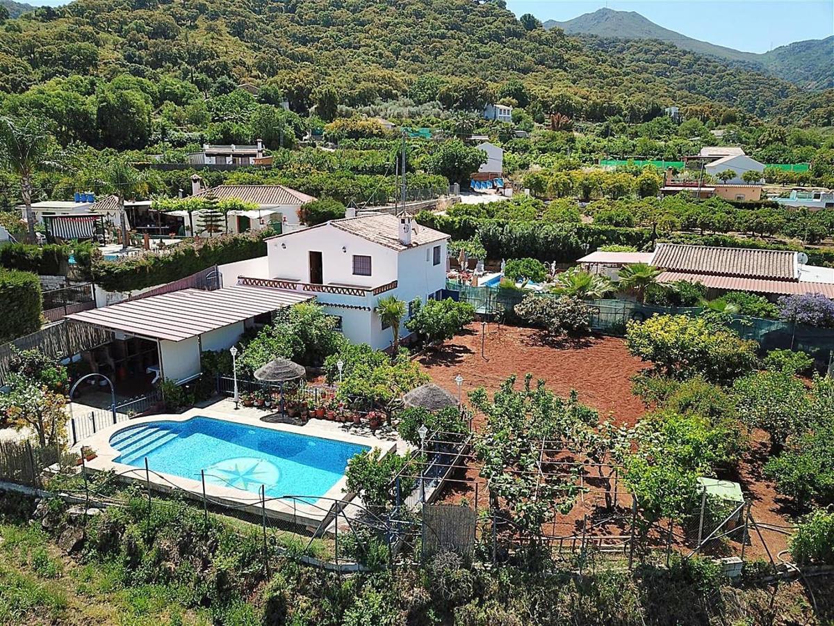 4 bed, 2 bath Villa - Finca - for sale in Monda, Málaga, for 265,000 EUR