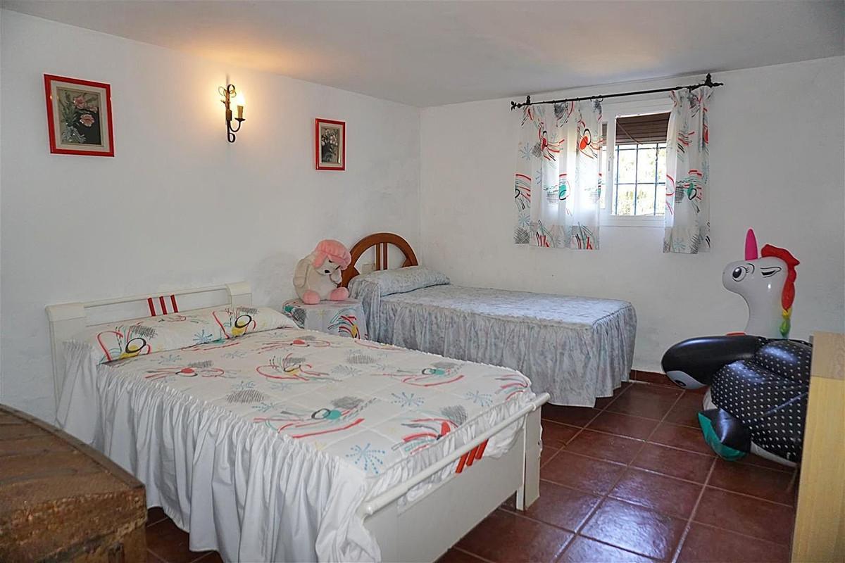 Photo of property R3425107, 8 de 25
