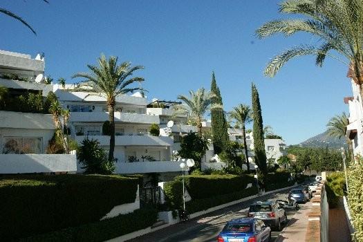 Apartamento  Planta Media en venta   en Nueva Andalucía