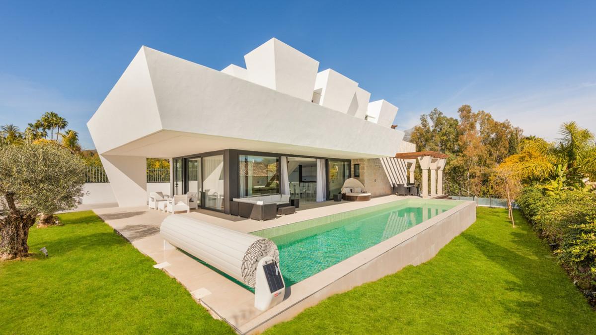 Villa Individuelle à Nueva Andalucía R2419328