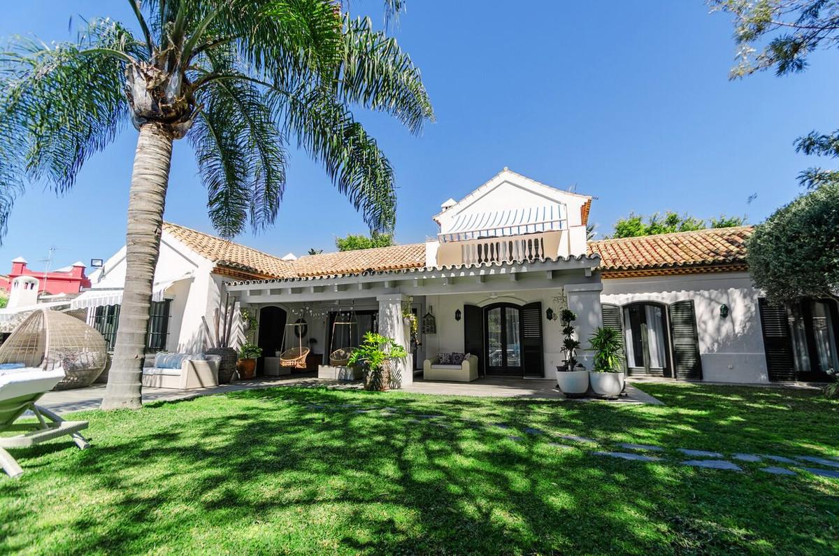Ref:R3186910 Villa - Detached For Sale in Guadalmina Baja
