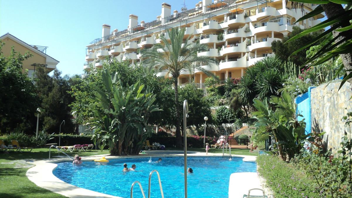 R3467269: Apartment - Middle Floor in Nueva Andalucía