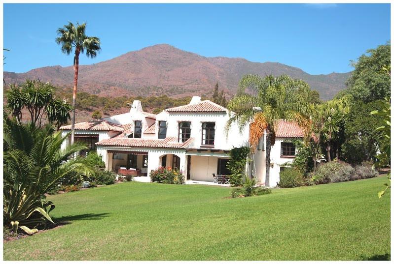 Villa 10 Dormitorios en Venta Casares