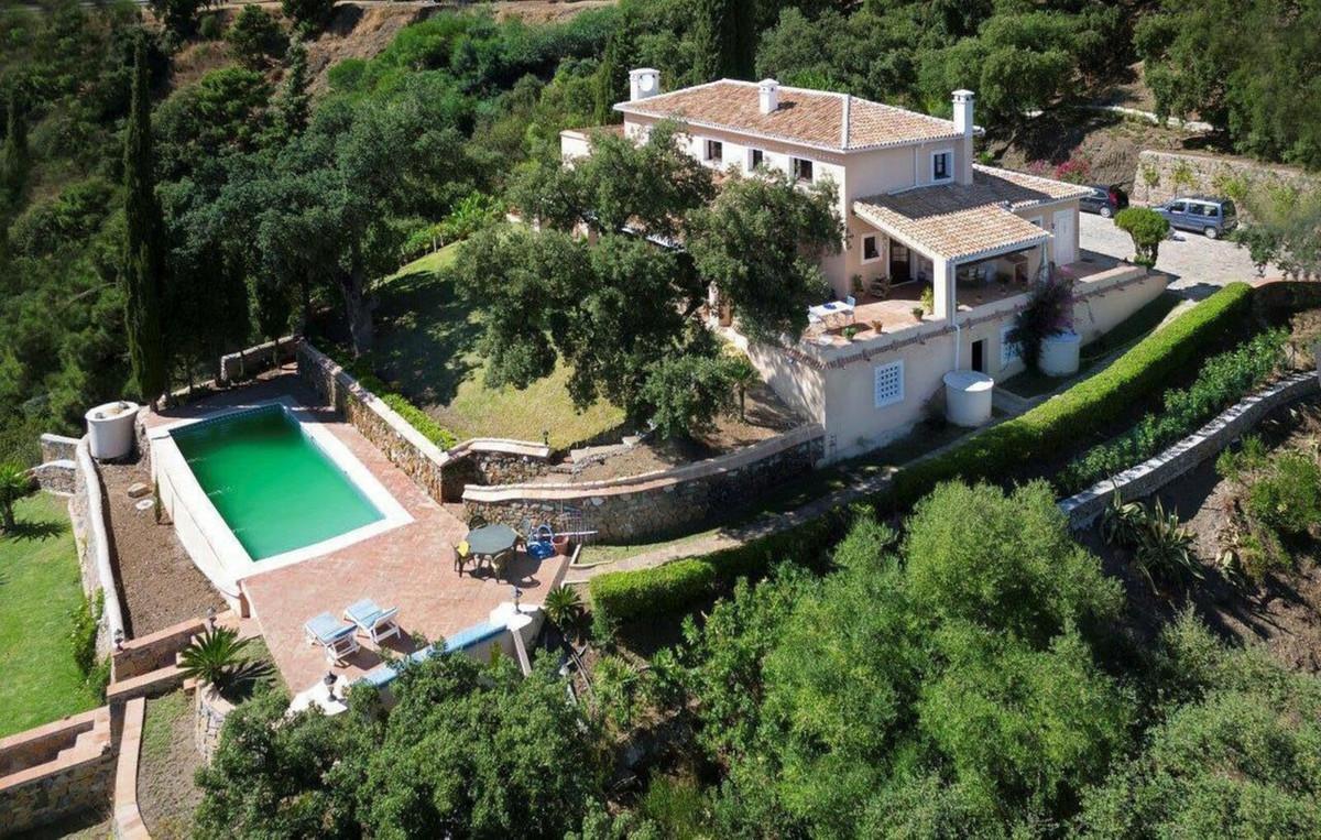 Ref:R3662306 Villa - Detached For Sale in El Madroñal
