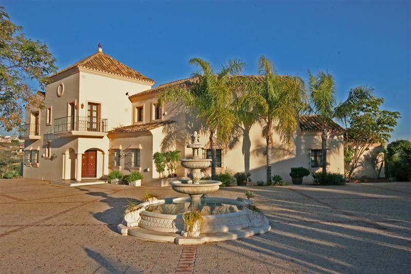 Villa  Detached for sale   in Cancelada