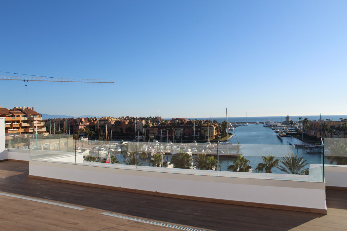 4 bedroom apartment for sale sotogrande marina