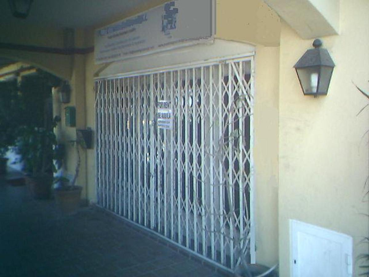 Commercieel te koop in Diana Park R3461488