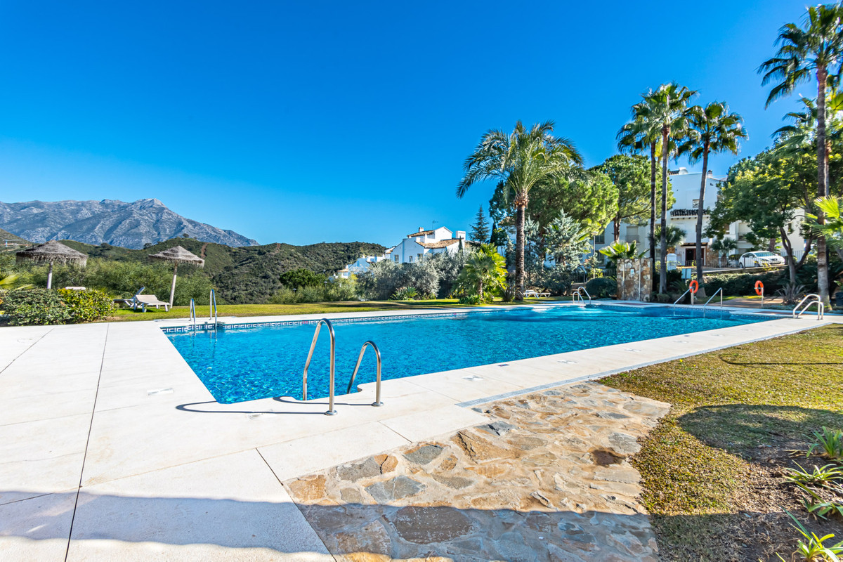 Beautiful ground floor apartment that enjoys a southeast orientation. This property consists of an e,Spain