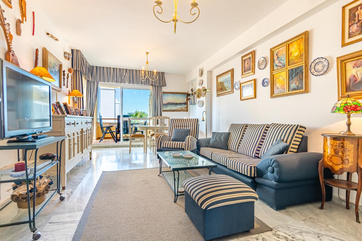 Apartment Middle Floor for sale in Bahía de Marbella, Costa del Sol