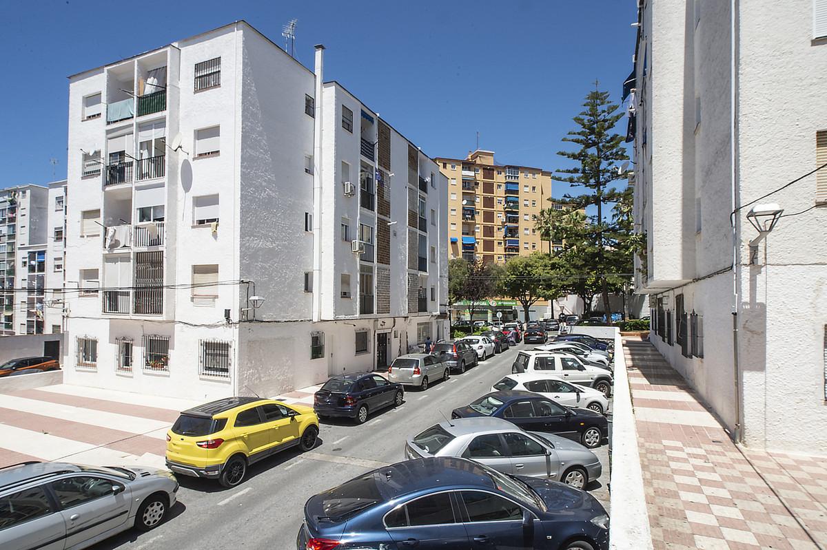 3 Bedroom Middle Floor Apartment For Sale Marbella, Costa del Sol - HP3878527
