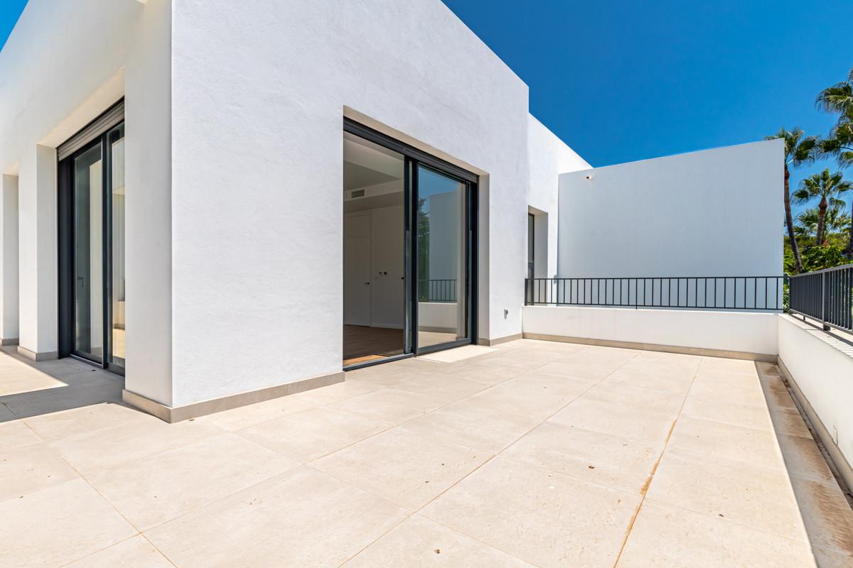 House in Atalaya R3901840 26
