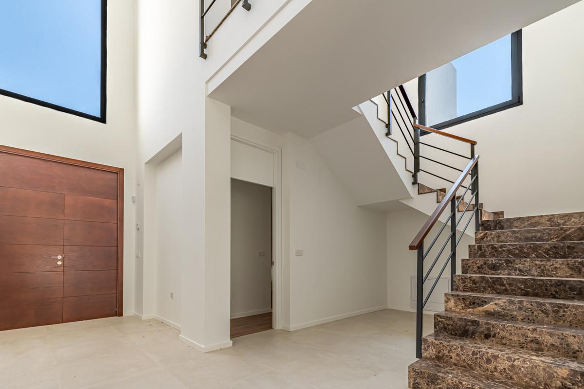 House in Atalaya R3901840 5