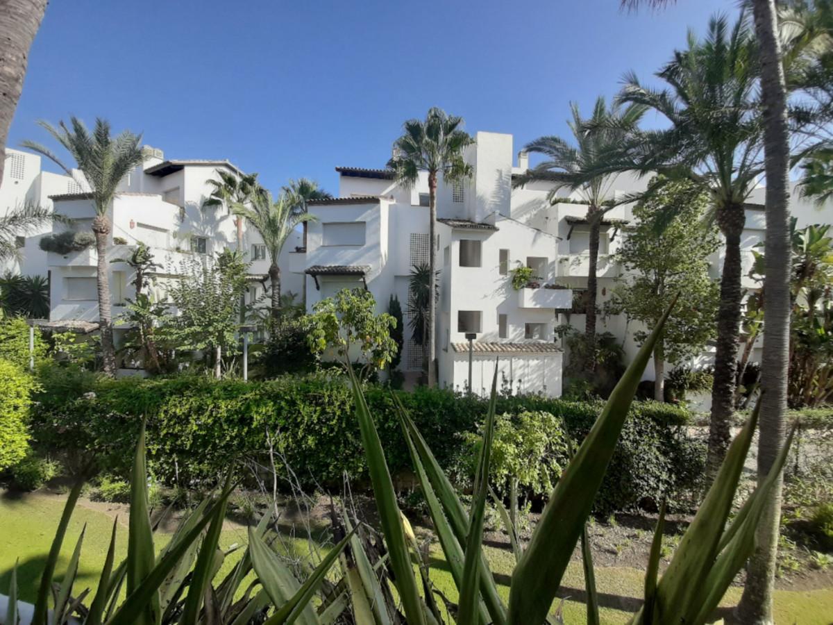 Middle Floor Apartment, Costalita, Costa del Sol. 2 Bedrooms, 2 Bathrooms, Built 110 m², Terrace 20 ,Spain