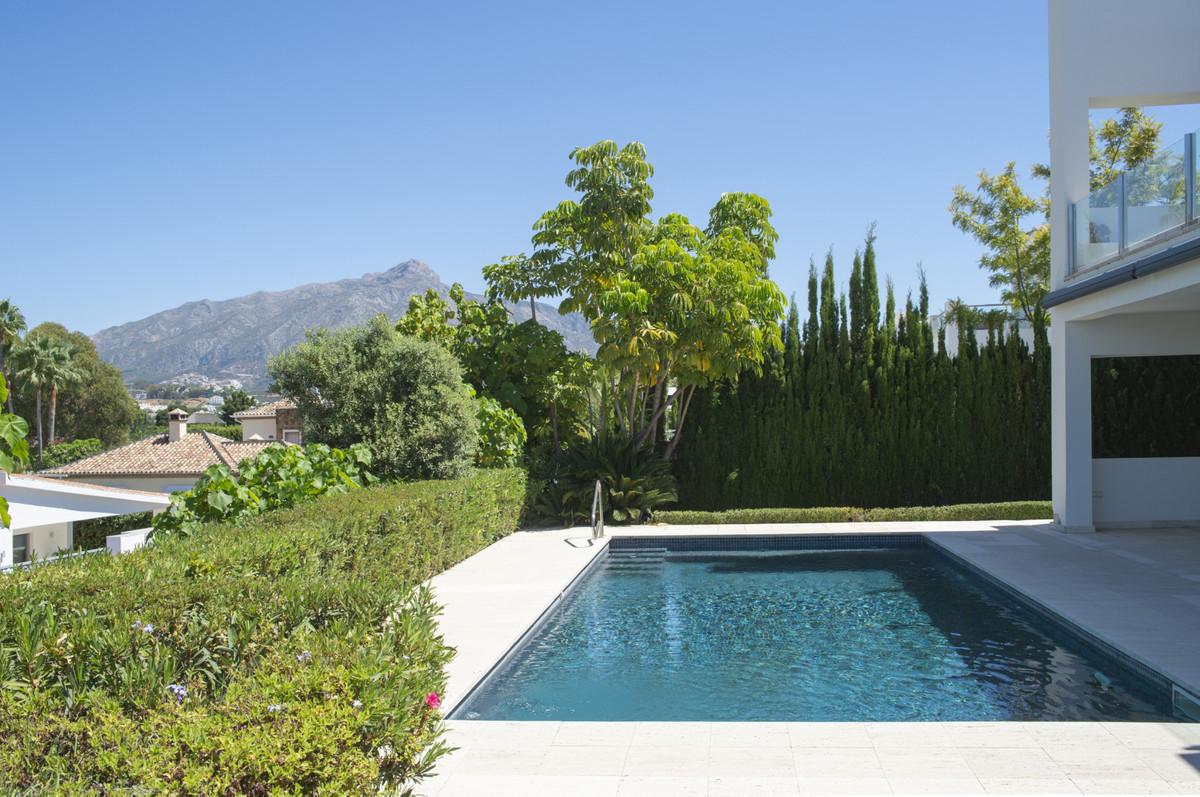 Villa Detached Nueva Andalucía Málaga Costa del Sol R3660353 5