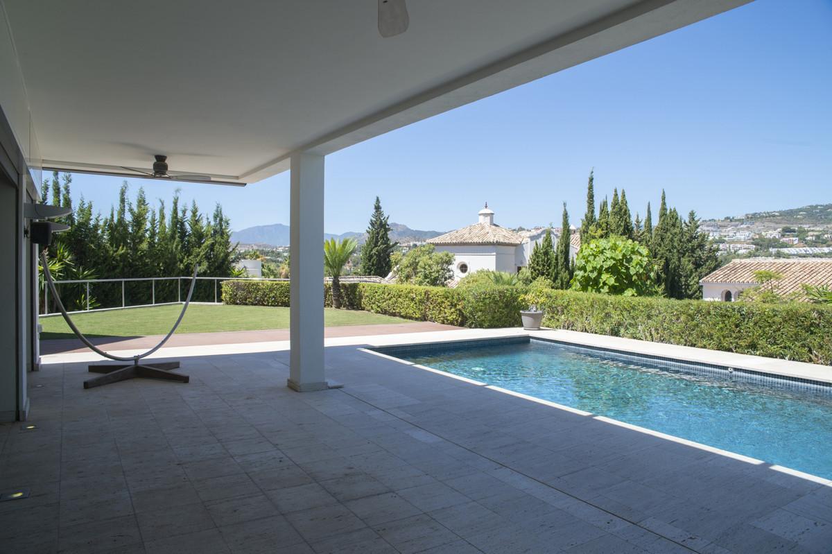 Villa Detached Nueva Andalucía Málaga Costa del Sol R3660353 7