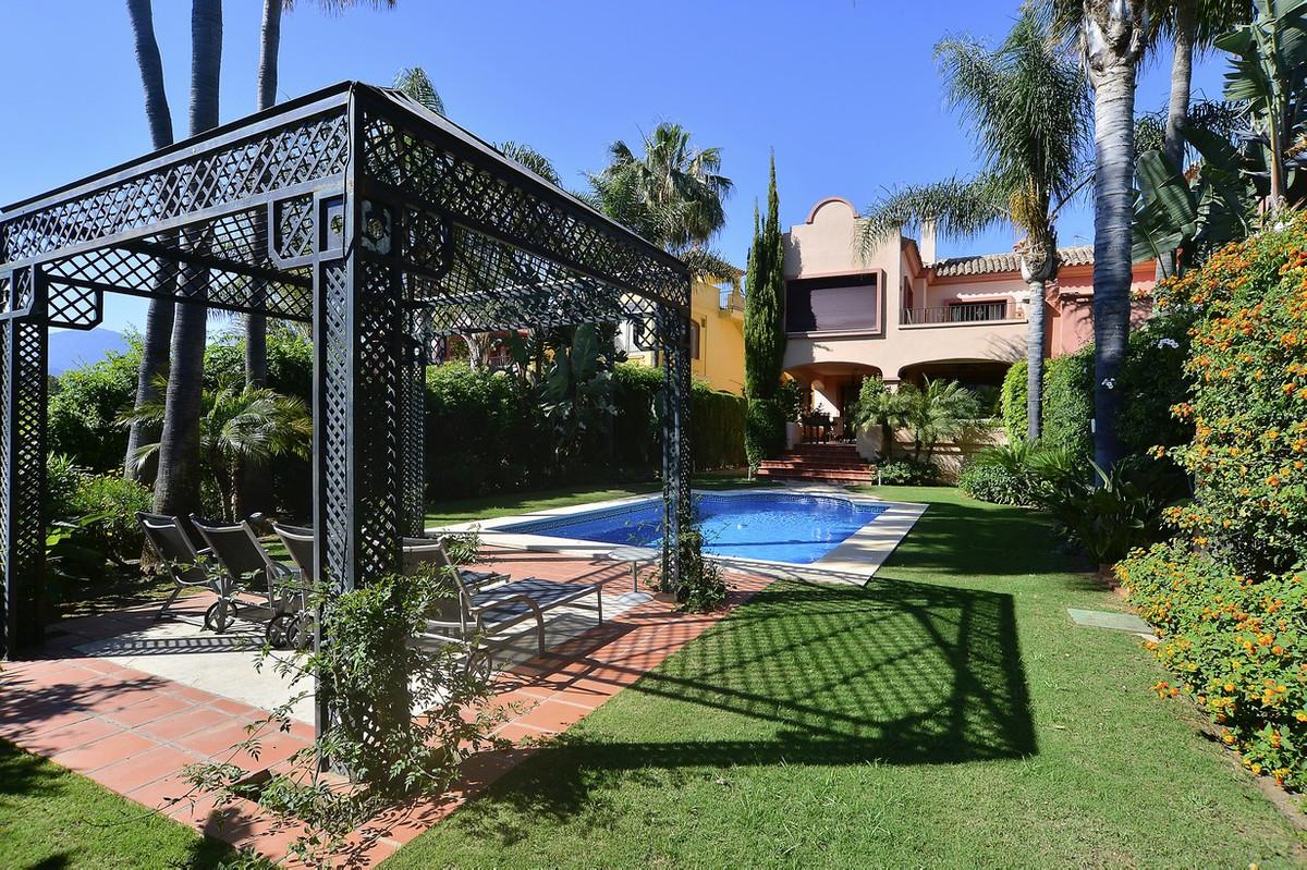 LUXURY Semi Detached Villa in the ALZAMBRA Vasari Resort, Puerto Banus Luxurious semi-detached villa,Spain