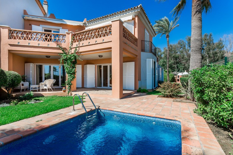 Kjedet enebolig i Casares Playa R3087421