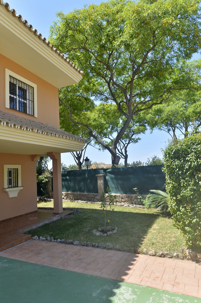 5 Dormitorio Unifamiliar en venta San Pedro de Alcántara