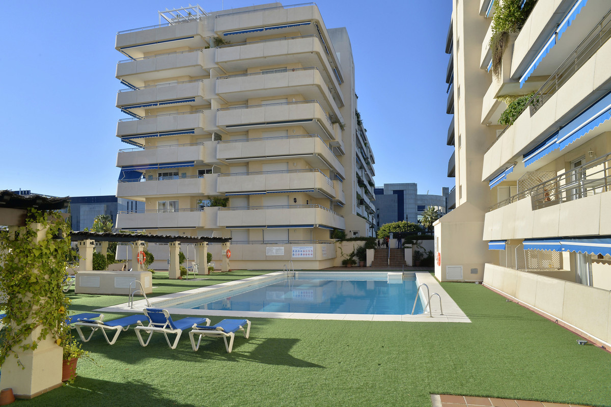 Penthouse for sale in Puerto Banús