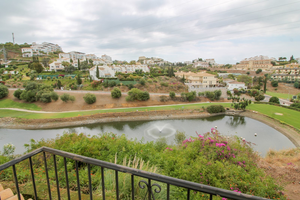 Front line golf 3 bedroom townhouse with fantastic golf and sea views in Riviera del Sol. The proper,Spain