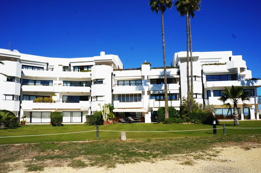 Apartment for sale in Sotogrande Playa, Costa del Sol