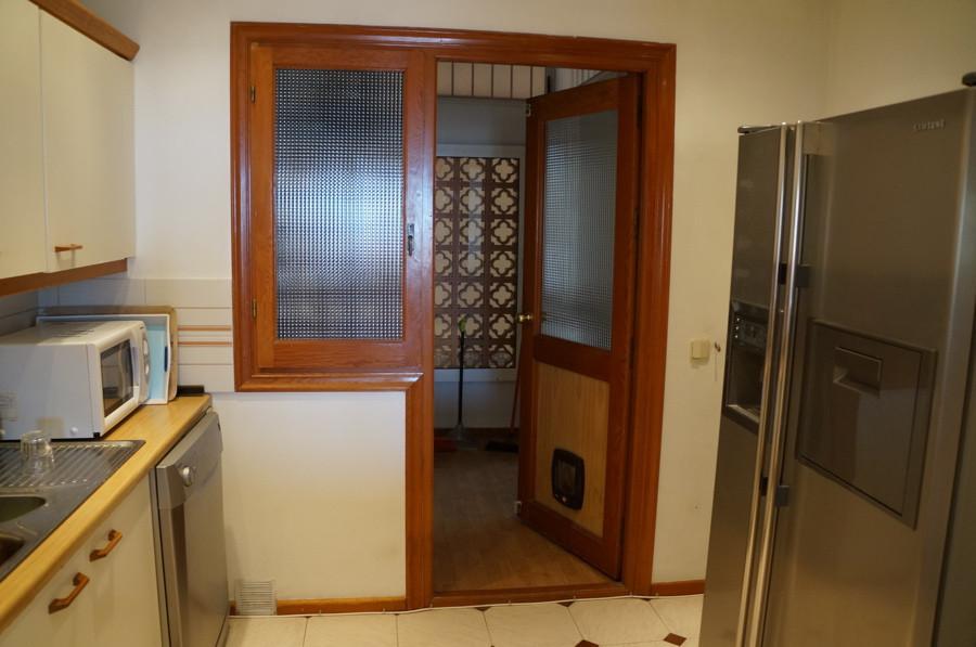 2 Bedroom Apartment for sale La Duquesa
