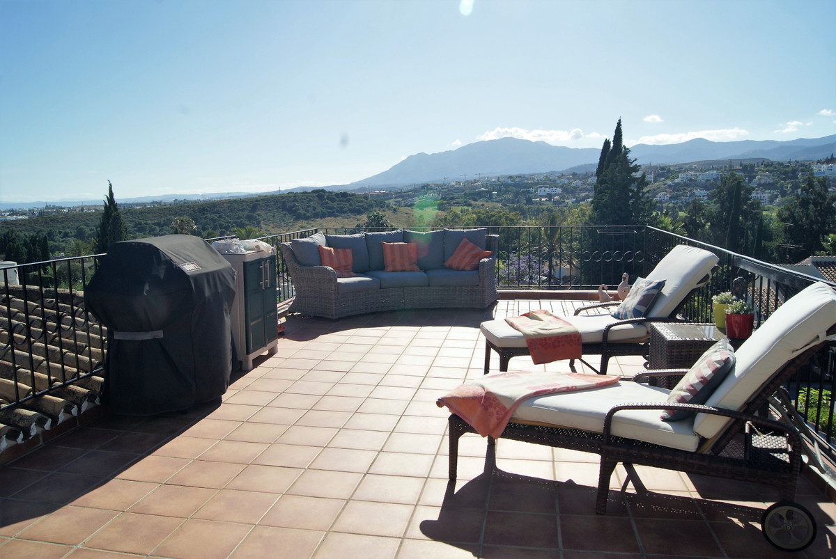 Penthouse in El Paraiso R3652517