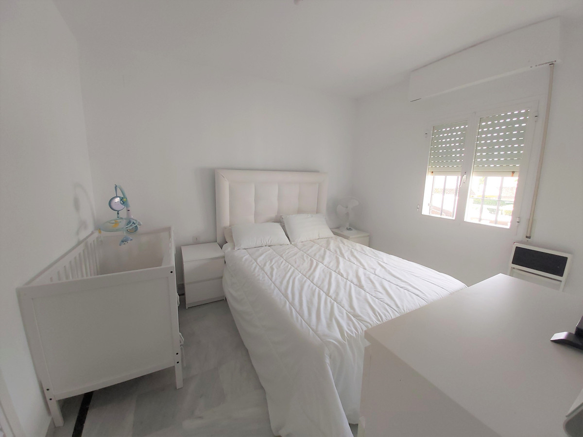 House in Atalaya R3671126 12