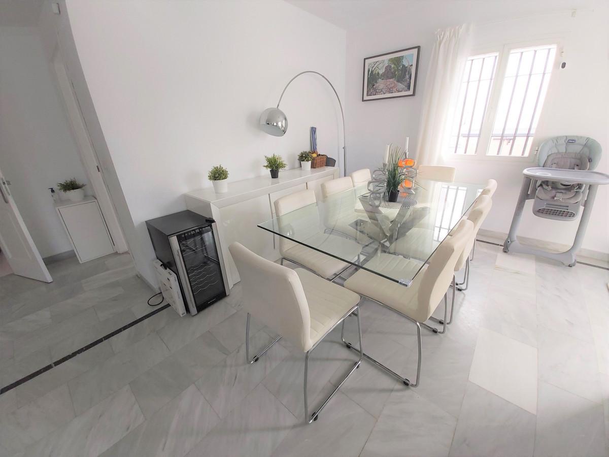 House in Atalaya R3671126 5