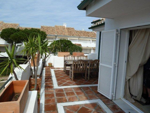 Penthouse for sale in El Presidente, Estepona
