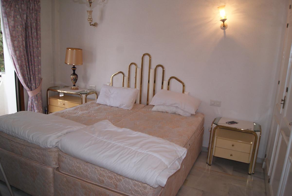 Middle Floor Apartment in Benavista