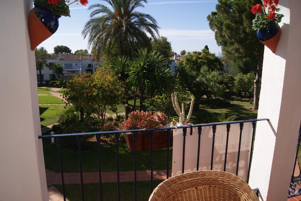 Appartement te koop in El Paraiso R3454180